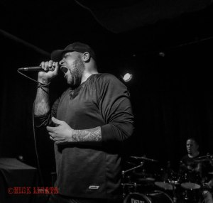 Devil You Know vocalist Howard Jones (formerly of Killswitch Engage and Blood Has Been Shed) performing live at Fubar in St. Louis, MO on Wednesday, April 27 - image credit: Nick Licata